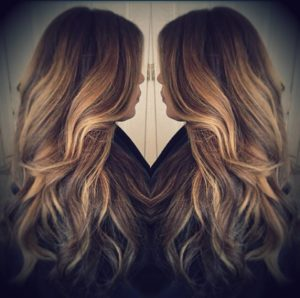doğal-uzun-saç-modeli