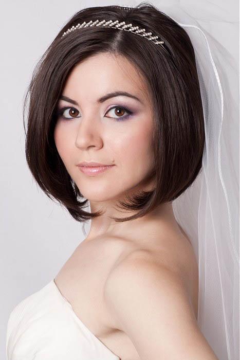 Как сделать свадебную прическу на короткие волосы