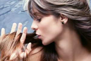 Top-10-Ways-To-Prevent-Hair-Loss