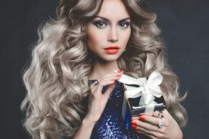 vechernie_ukladki_na_dlinie_volosi