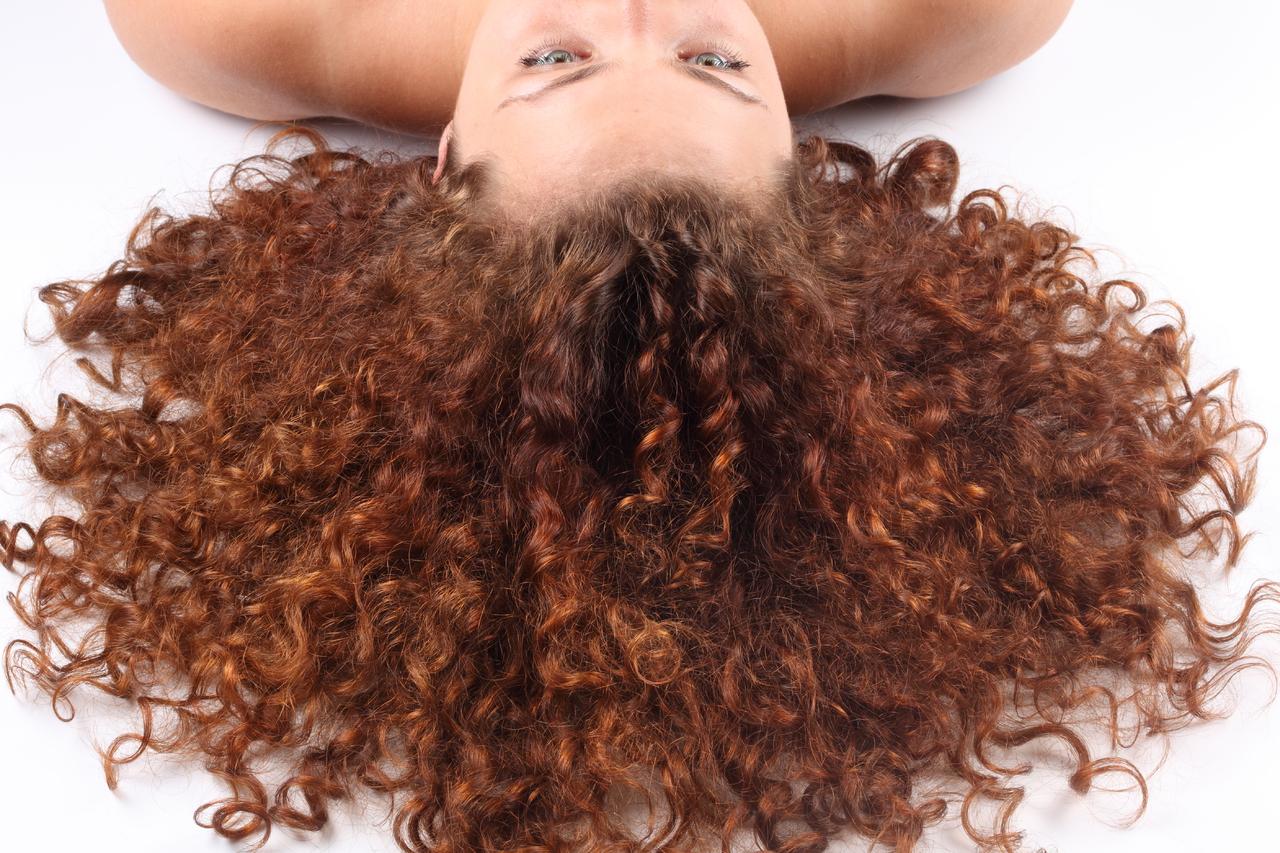 Как сделать так чтобы волосы не кудрявились в домашних условиях