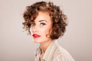 woman-with-red-lipstick