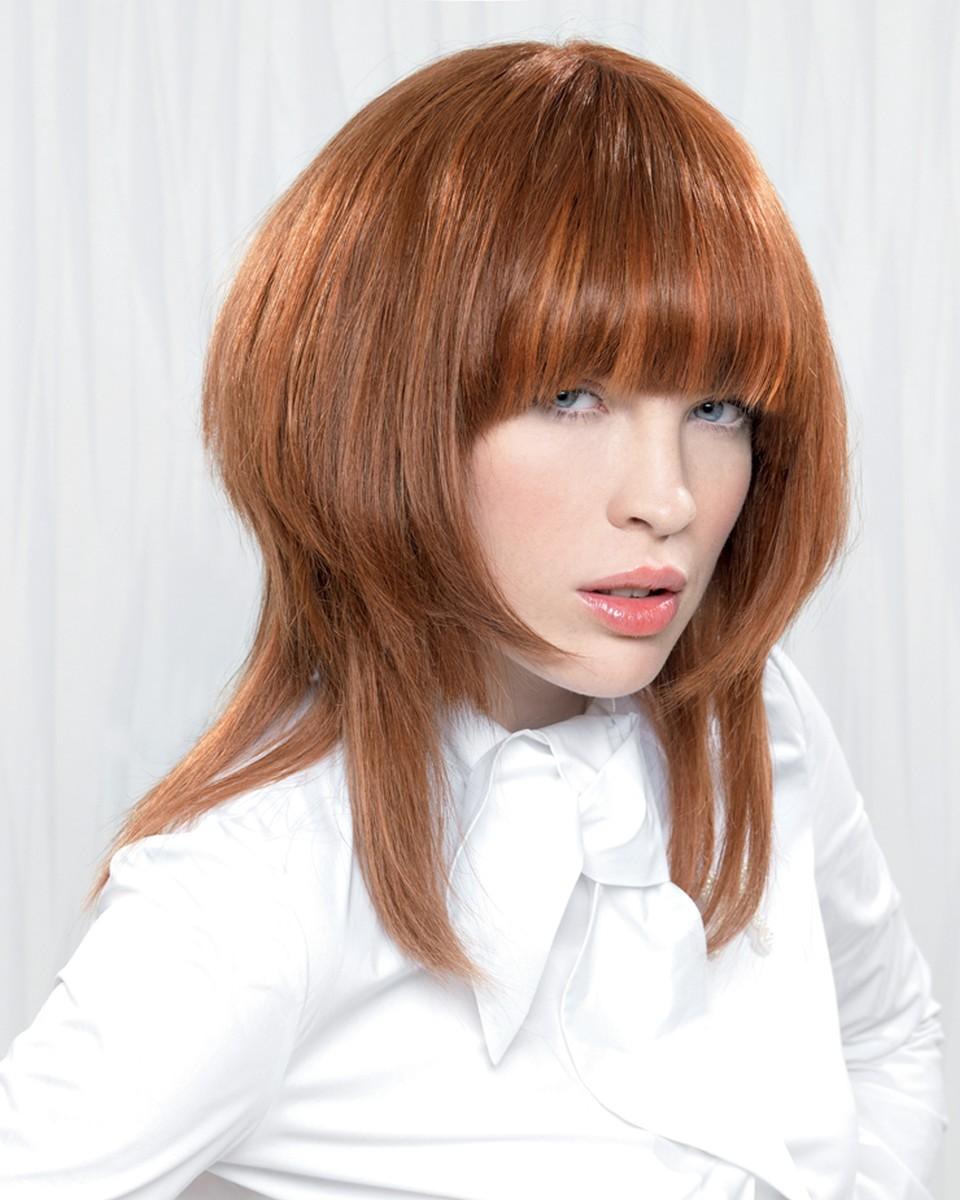 Прическа с шапочкой на средние волосы фото