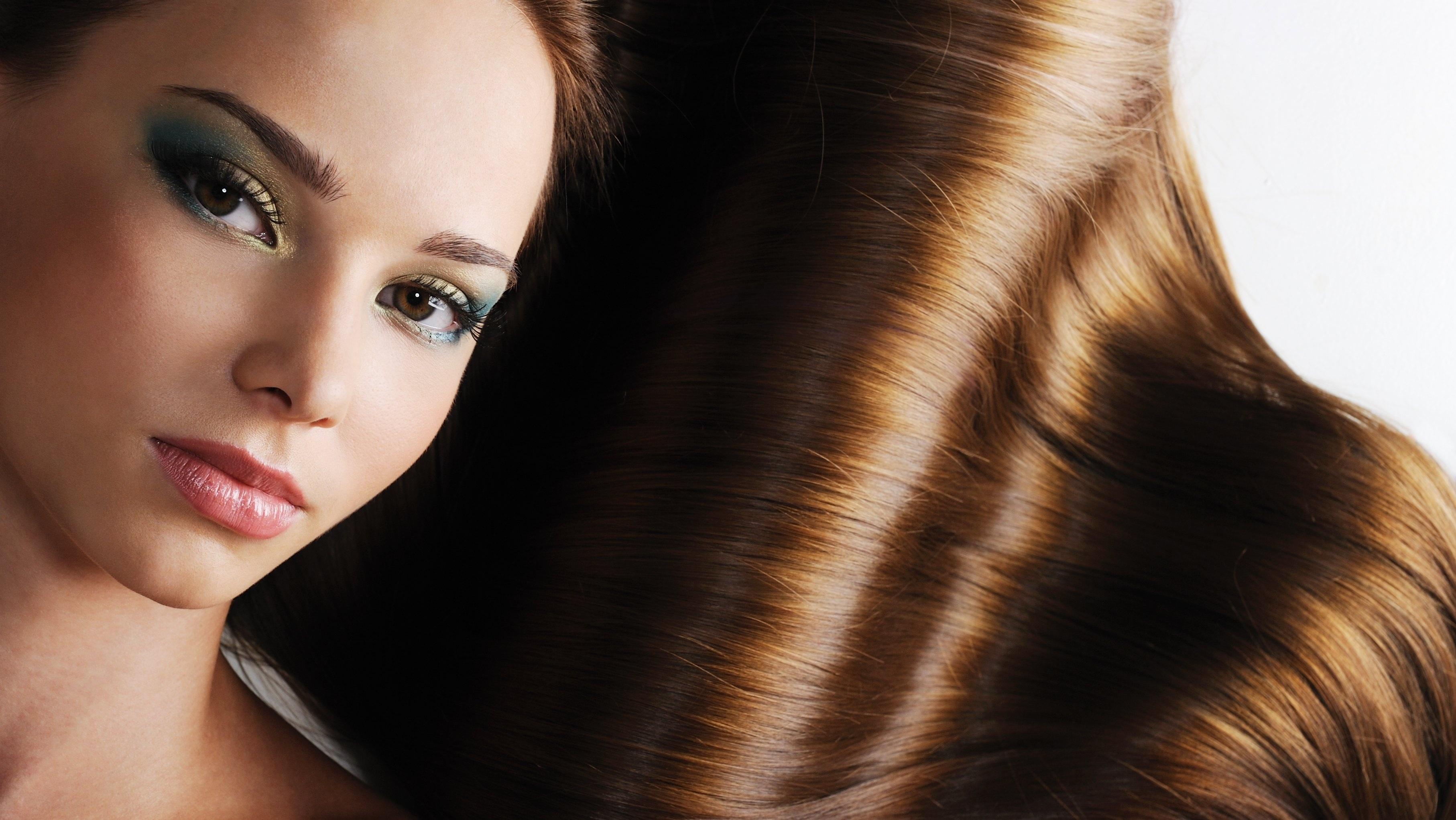 Сколько времени красить волосы в салоне