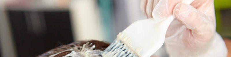 Особенности покраски волос на самой себе: инструкция и советы