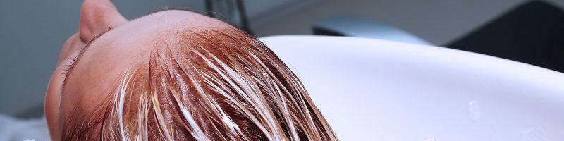Основные способы, как смыть краску с волос в домашних условиях?