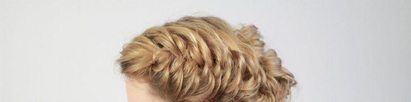 Какие прически из кос и плетений можно сделать на средней длине волос?