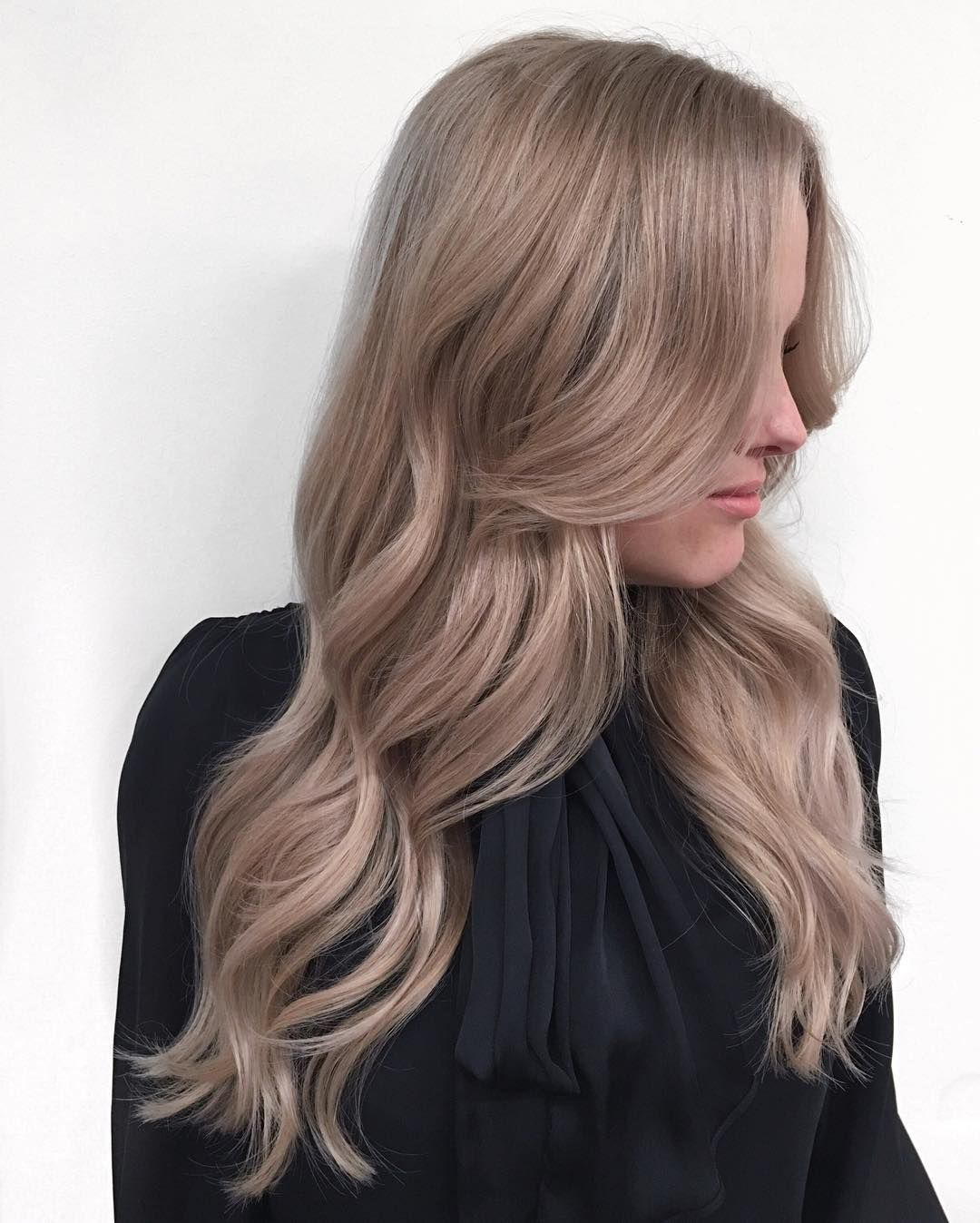 These bombshell blondes will convince you to lighten up your hair at your next visit to the salon
