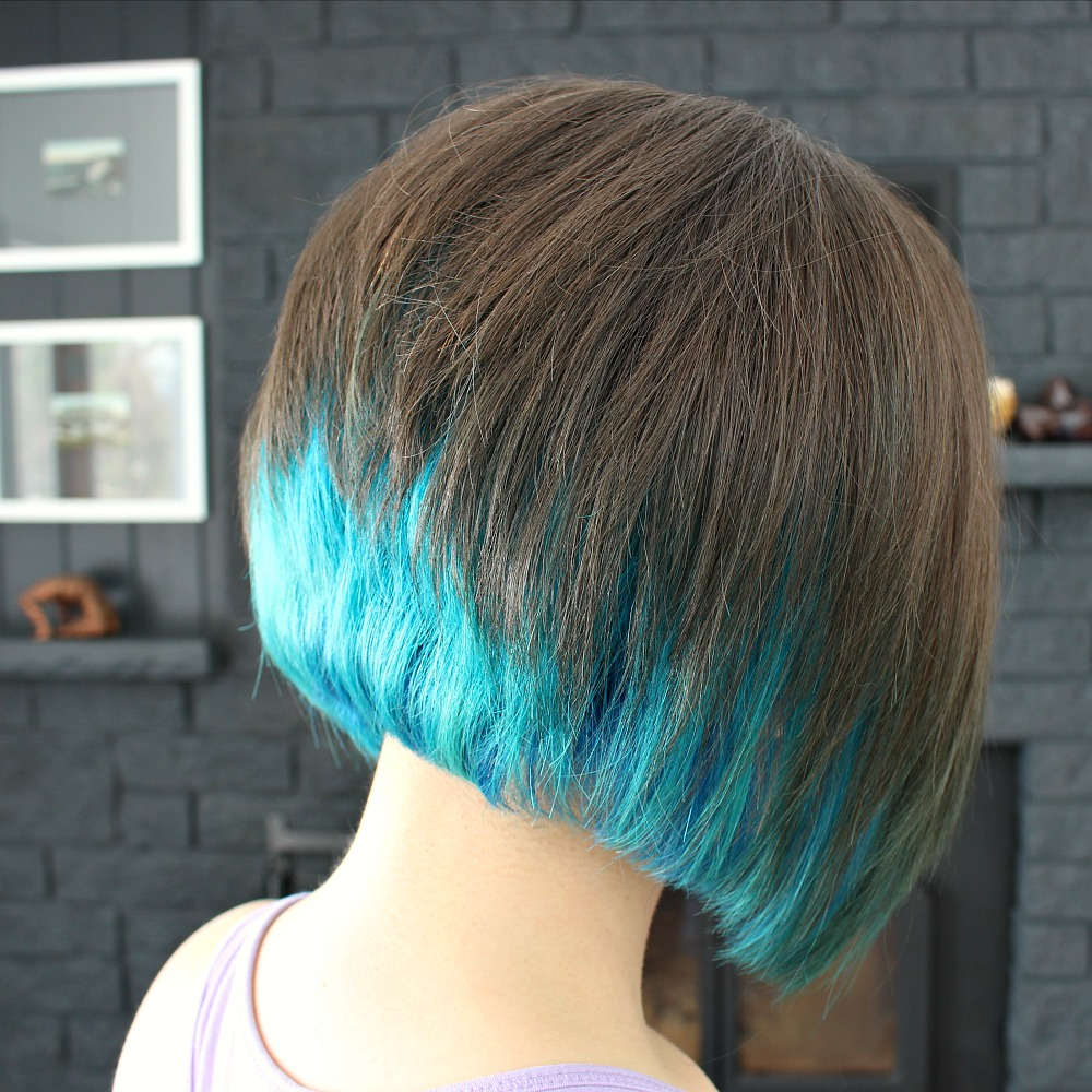 Boost your shoulder length hair to the next level by getting a fresh look This list has some of the most impressive haircuts of the season Here you will find some