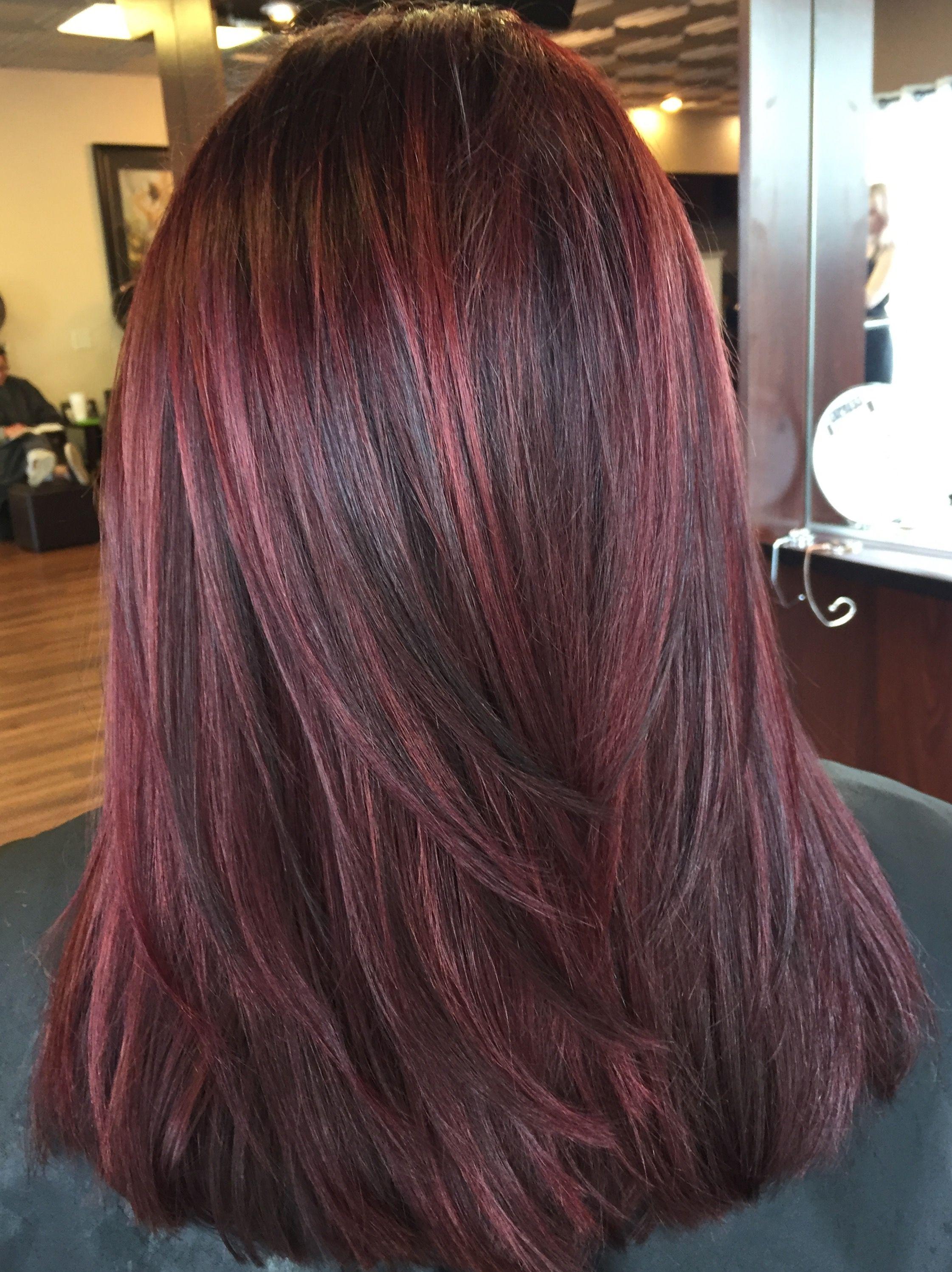 Бордовые пряди на темных волосах 30 фото 💇 Для Роста Волос