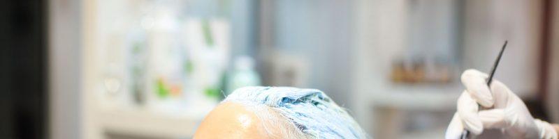 Быть или не быть: можно ли красить волосы во время месячных?