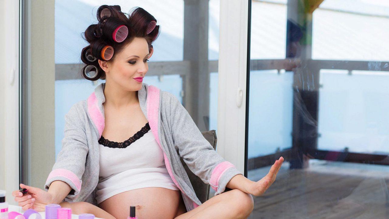 Можно ли стричь волосы беременным: суеверия или горькая правда?