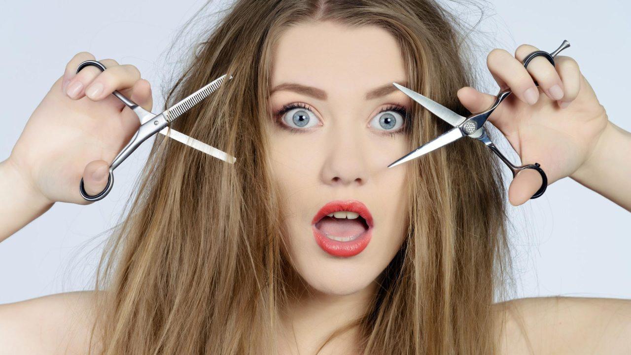 Задумываемся о том, можно ли стричь волосы себе самой
