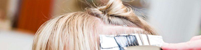 Окрашивание волос во время месячных: да или нет?