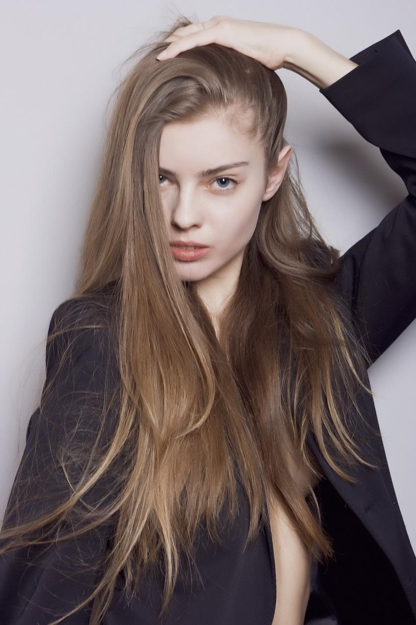 Русые цвета волос фотографии