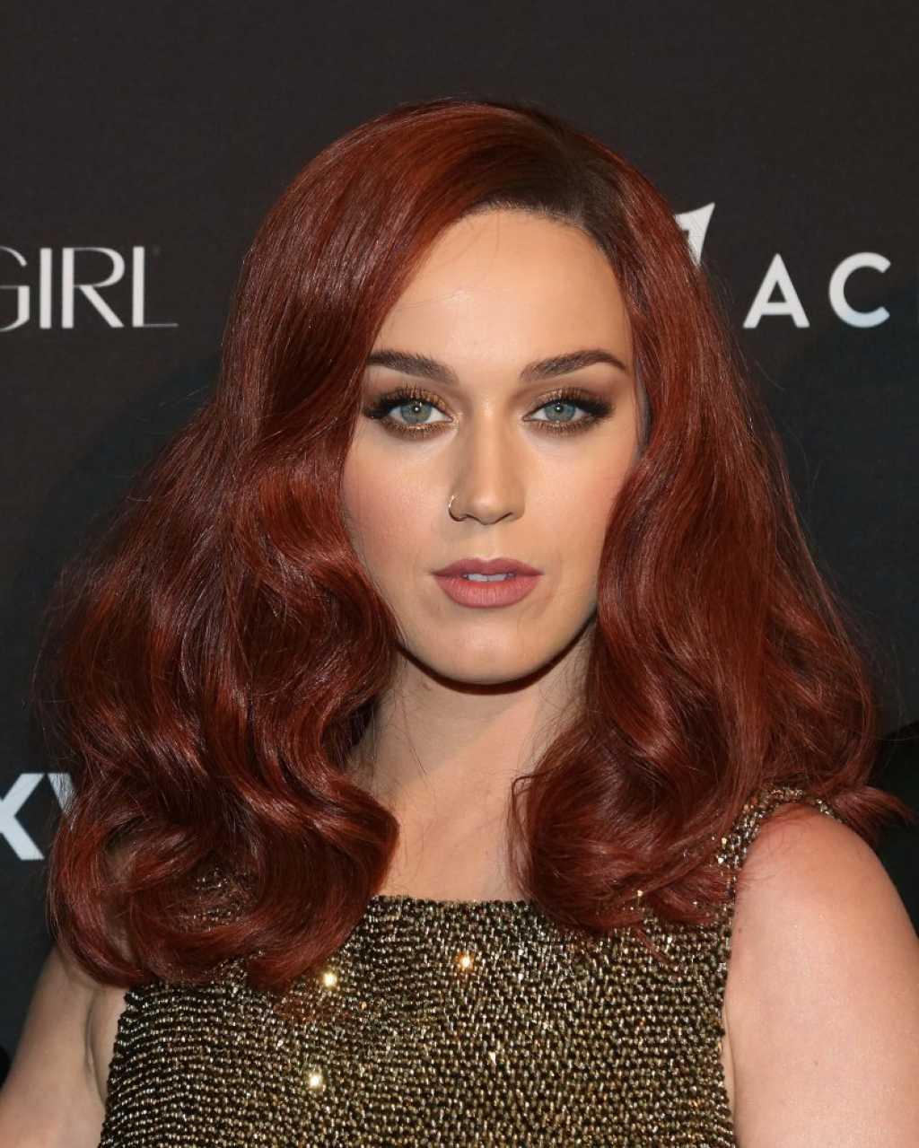 Медно-рыжий цвет волос (30 фото)