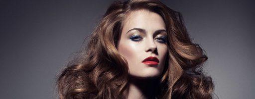 Основы создания красивой прически: кудри на длинные волосы