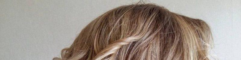 Модные прически на средние волосы: локоны в тренде