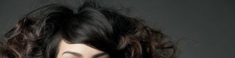 Какой может быть прическа кудри на средние волосы?