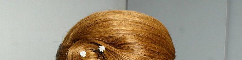 Основные тонкости того, как создается причёска своими руками на средние волосы