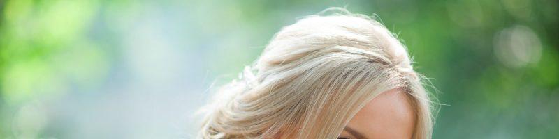 Прически на средние волосы: красота и женственность в единой укладке