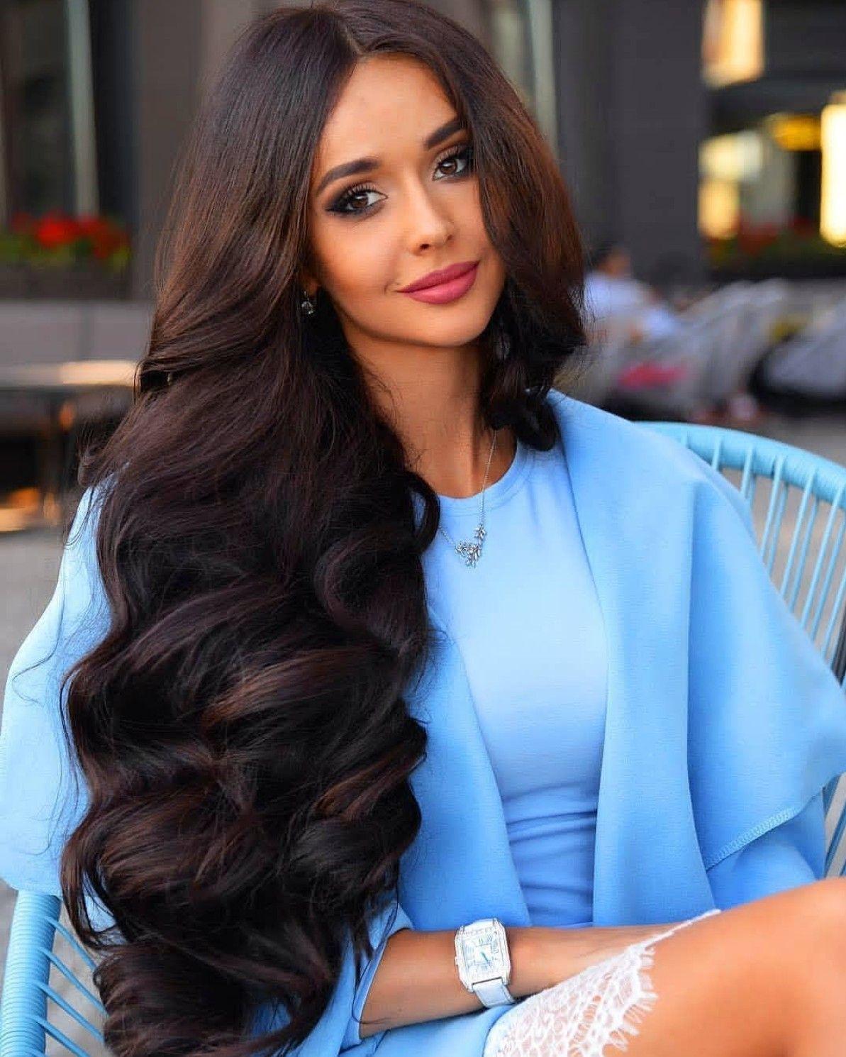 Определяем, какие стрижки на длинные густые волосы подойдут девушкам
