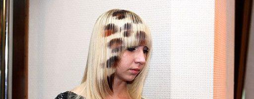 Рисунки на волосах краской (30 фото)