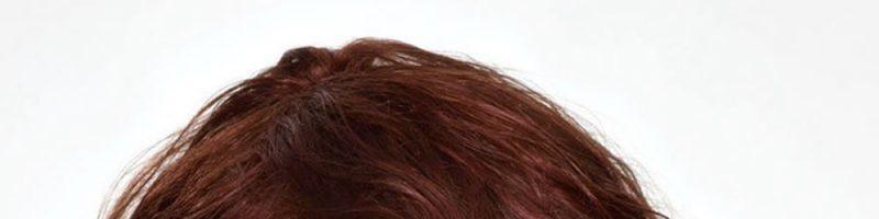 Какая сейчас стрижка на вьющиеся волосы средней длины модная?