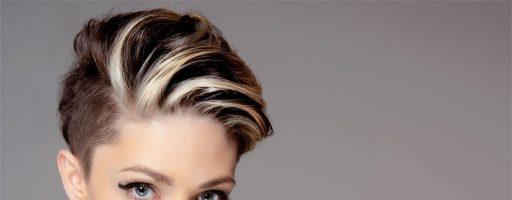 В салоне или дома сделать укладку на короткие волосы: выбор есть