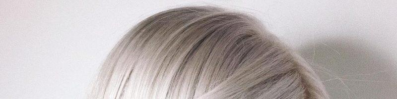 Серебристое окрашивание волос (30 фото)