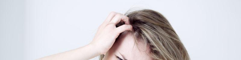 Что предпринимать, если голова чешется от перхоти?