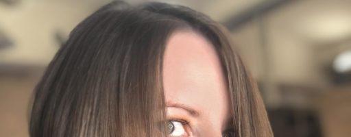 Асимметричный боб: стрижка на средние волосы (30 фото)