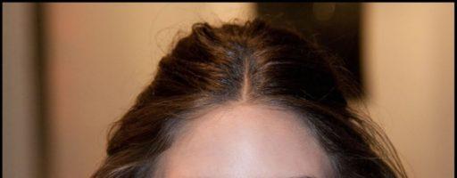 Прическа волнистые локоны на средние волосы (16 фото)