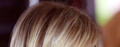 Оригинальные прически и женские стрижки на средние волосы (30 фото)