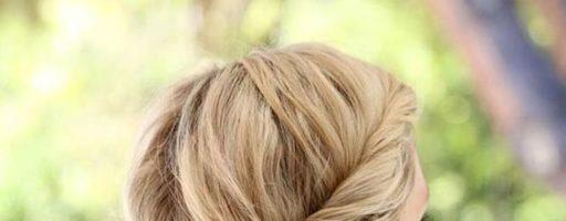 Женские прически на средние волосы 2020 (20 фото)