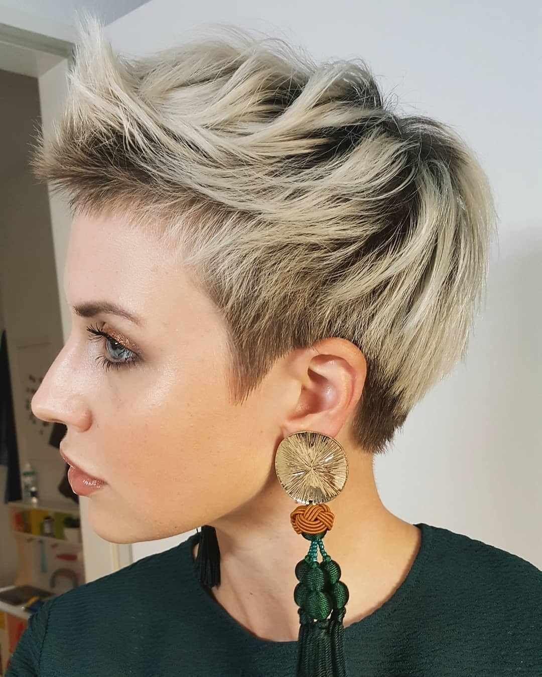 фото самых стильных коротких женских стрижек нашей статье