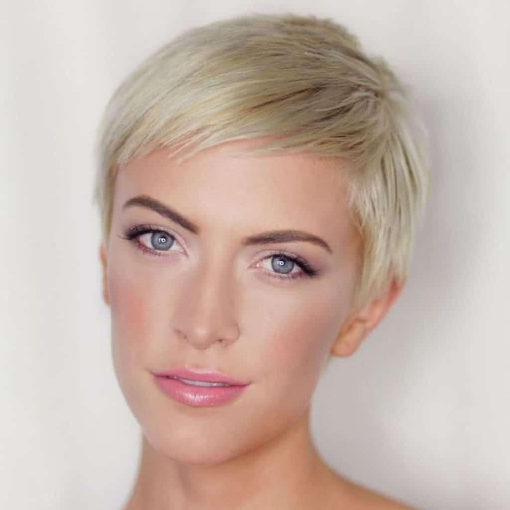 короткие женские стрижки для тонких волос картинки стиле винтаж